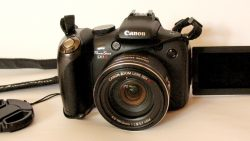 CANON PowerShot SX1-IS